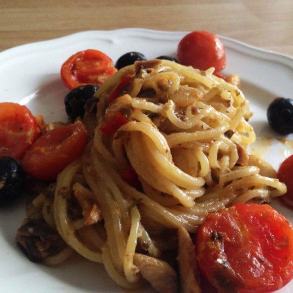 spaghetti z kaparami 3